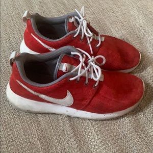 Nike Red & Grey Tennis Shoes